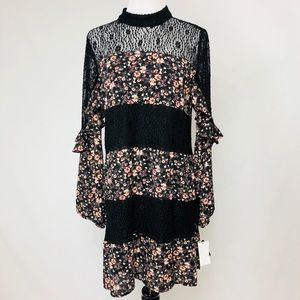 NWT Boho Chic Floral Dress Size Small